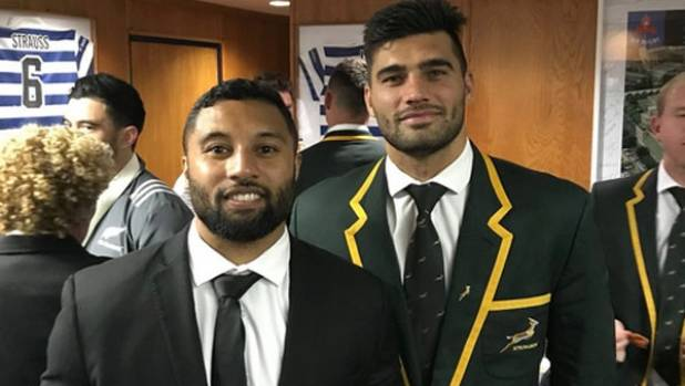 Damian de Allende (R) has apologised to Lima Sopoaga for the late tackle that earned the Springbok a red card at Newlands.