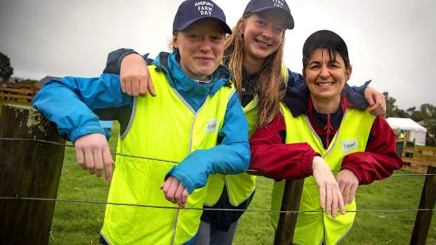 Part of the Auckland Council Fun Crew team - Emma Croft and Rose Ursem, both 15yo from Laingholm and Tanya Williams of ...