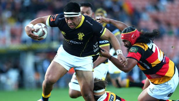 Asafo Aumua on the charge for Wellington during their round six match against Waikato earlier this season.