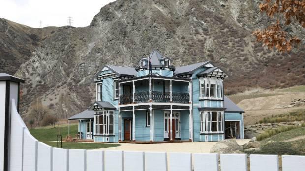 Grand Designs NZ: 'Rescued' Villa Pops Up In Central Otago