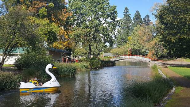 Queen Elizabeth Park in Masterton is included in the Welcome Tours Fun-times School Holiday Tour.