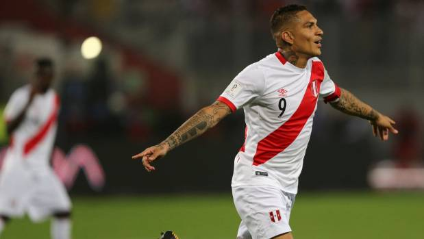Peru's Paolo Guerrero celebrates his equaliser against Colombia on Wednesday.