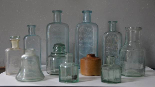 These bottles were found down a well just out of Waitara by Graeme Duckett in the 1980s. Ogles Chemist bottles can be ...