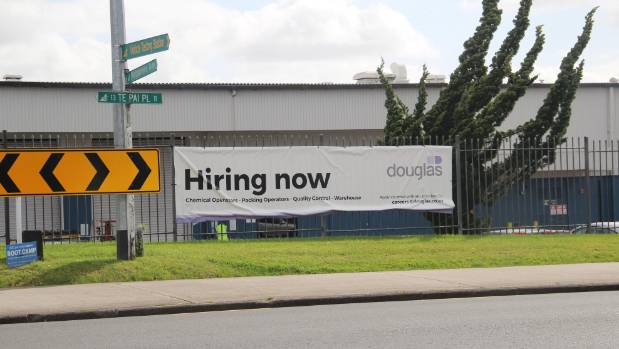 West auckland business resorts to using 39 hiring now for Landscaping jobs auckland