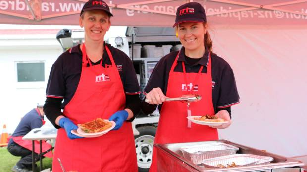 Tessa Prestidge and Darianne Hamilton  from Rapid Relief Team were feeding the hungry participants.