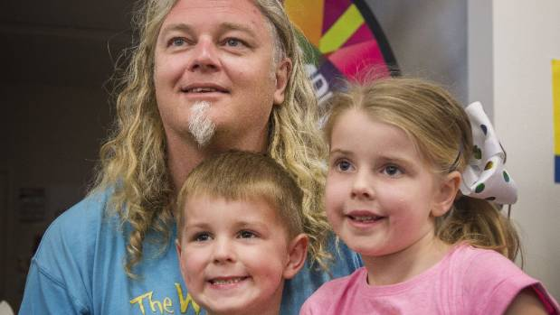 Craig Smith met many tiny fans including is Alice Maycock, 6, and brother Lucas Maycock, 4.