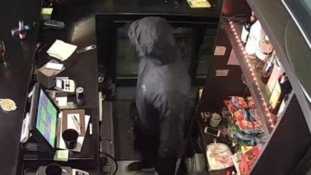 "A man carried out a ""brazen"" robbery of Vino Bar in Auckland's Rosedale on Thursday evening."