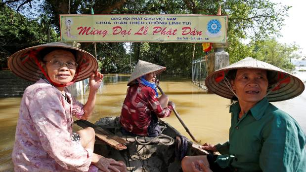Vietnam flood deaths rise to 72 as heavy rains continue