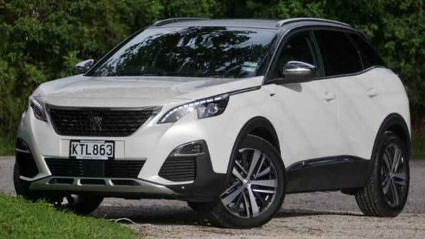 why the peugeot 3008 is our top medium suv of 2017. Black Bedroom Furniture Sets. Home Design Ideas