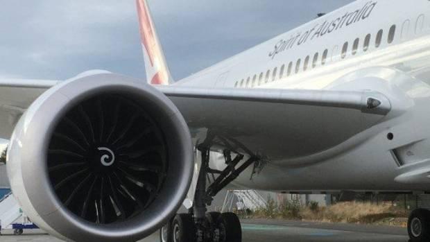 Disruptive passenger forces Qantas flight to return to Perth