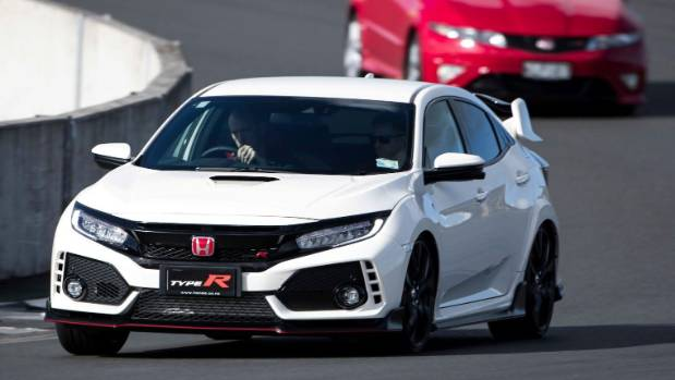 Why The Honda Civic Type R Is Our Top Performance Car Of 2017 | Stuff.co.nz