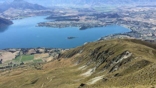 Wanaka 39 s rich white growing pains for Grow landscapes christchurch