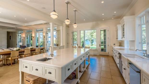 Harvery weinstein pulls home from market for Weinstein kitchen and bath