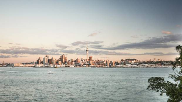 Auckland house prices finally fall