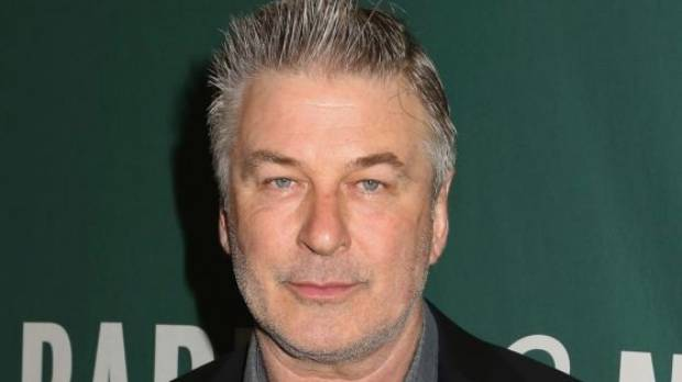 Alec Baldwin urges voters to 'overthrow' Trump government