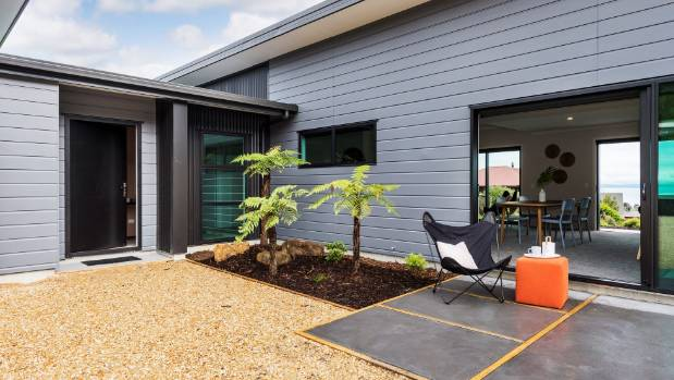 Backyard banter mistakes to avoid when building for the first time - Common mistakes when building a home which can demolish your dream ...