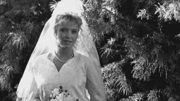 Emma Plimpton's (Rebecca Gibney) wedding day was on of the most-popular episodes of The Flying Doctors.