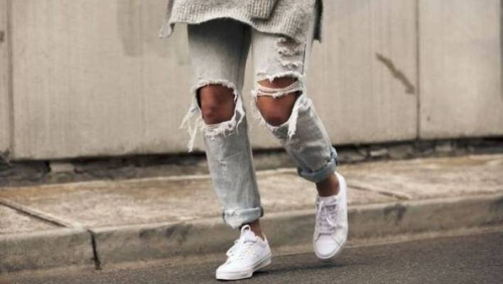 best service 7adaf 94bd9 Sustainable shopping: How to rock white sneakers without eco ...