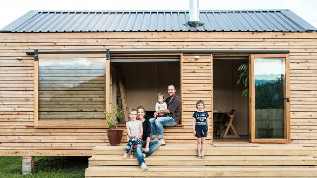Family of five love their tiny house and theyre going to home
