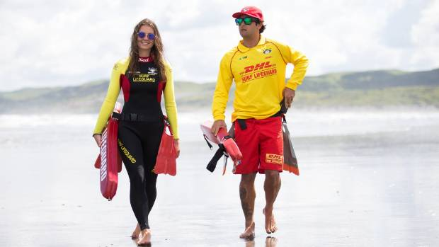 Visiting lifeguards Jess Gates from Wales and Scott Wojtcza from San Diego have joined the Raglan Surf Life Saving Club ...