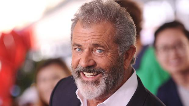 Daddy's Home 2: Movie-goers love Mad Mel Gibson again ...