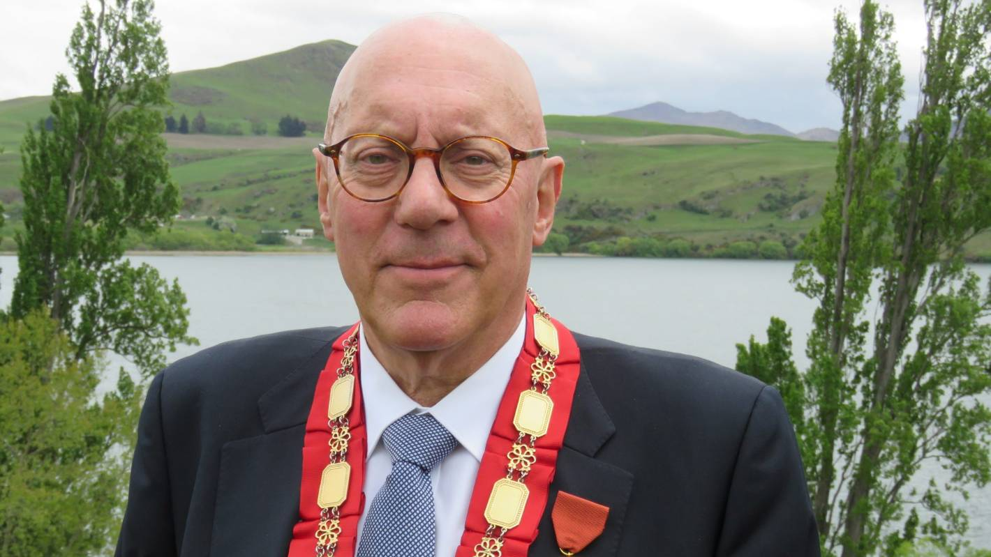 Queenstown Lakes Mayor Jim Boult cleared of conflict of interest