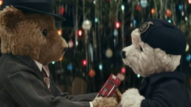 Heathrow's Bears Return with Warm Christmas Advertising
