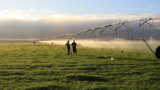 Government called on to stand by existing irrigation contracts