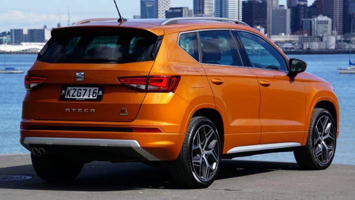 seat ateca fr helps keep the sport in suv. Black Bedroom Furniture Sets. Home Design Ideas