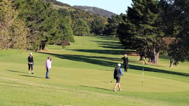 Waiheke island environmental group closed down in court for Gardner golf course
