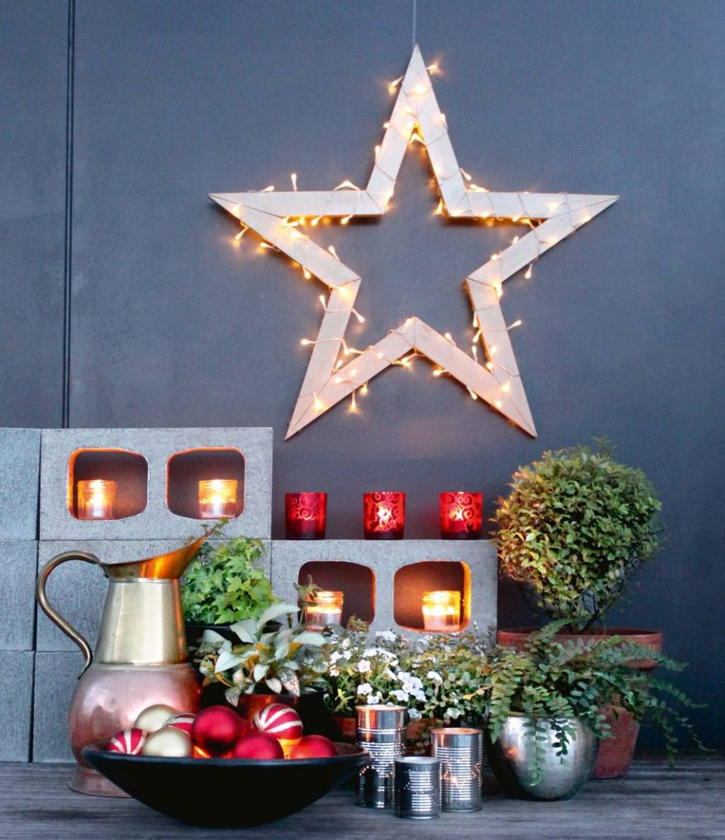 DIY: Wooden Christmas Star Decorated With Fairy Lights