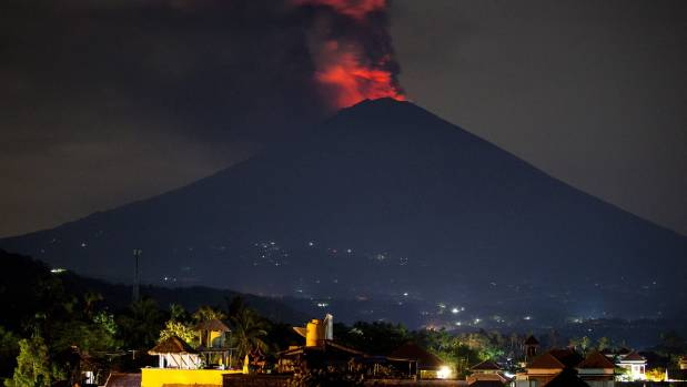 Timelapse showing Bali Mount Agung erupting several times