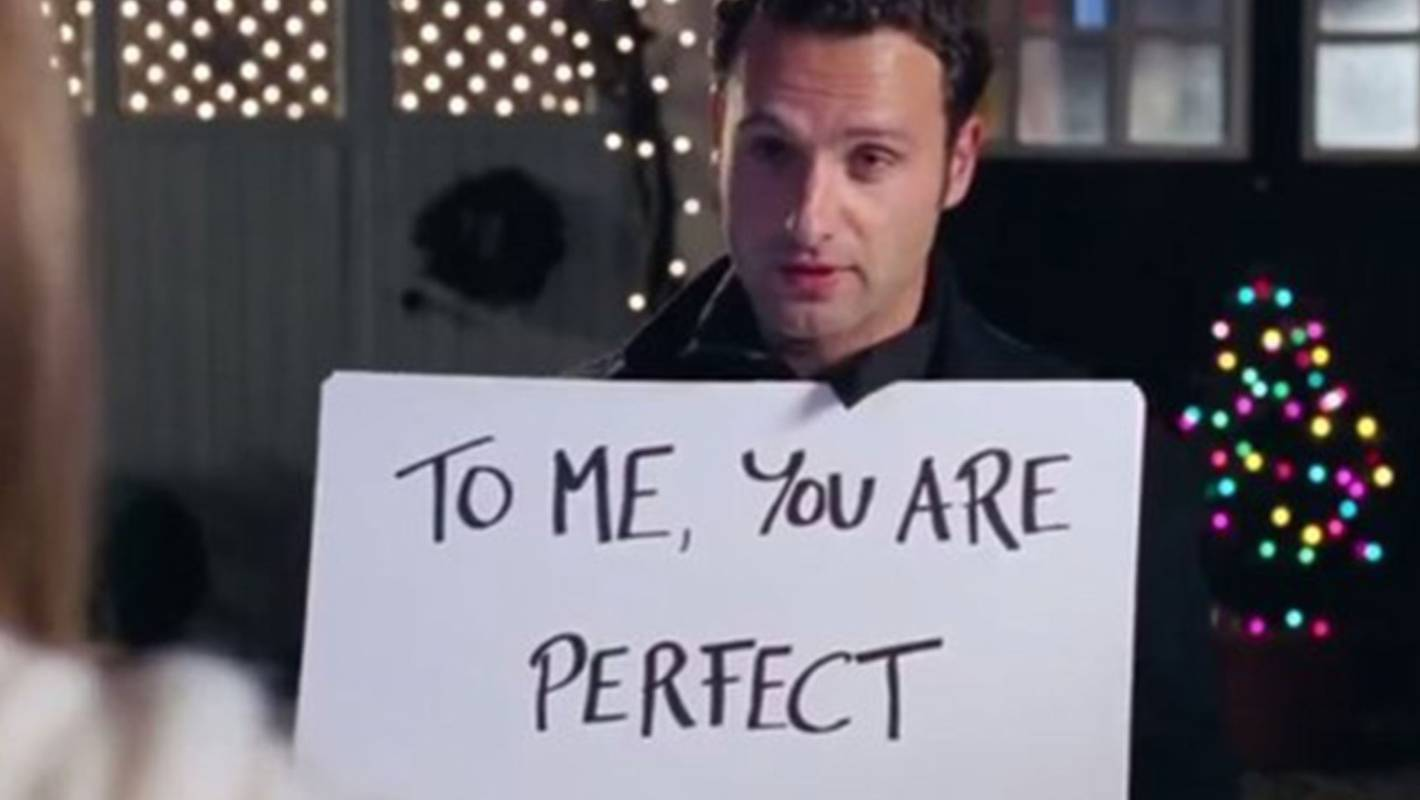 love actually turns 15 the movies 15 sweetest funniest and saddest quotes stuffconz - Best Christmas Movie Quotes