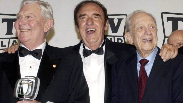 Jim Nabors Tv S Gomer Pyle Dies At 87 Stuff Co Nz But after he met jim nabors, cadwallader started working for him as nabors was 82 and cadwallader was 64 at the time of their marriage. jim nabors tv s gomer pyle dies at 87