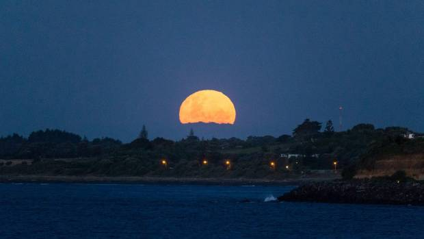 Check out these brilliant photos of the December supermoon