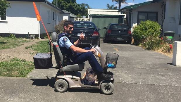 Cop goes the extra mile with mobility scooter for elderly for Motorized scooters for the elderly