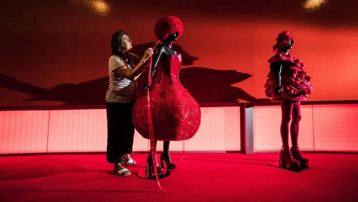 Exhibition Stand Lighting Nz : Sci fi and visions of red at the world wearableart