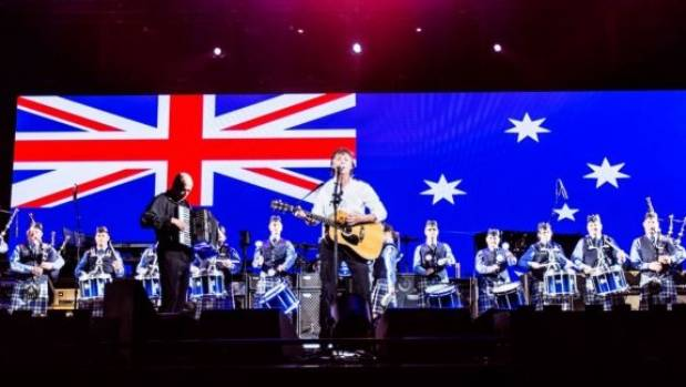 Sir Paul was joined on stage in Melbourne by a pipe band for Mull of Kintyre.