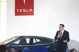 """Tensions between the companies ratcheted up when Tesla CEO Elon Musk famously dubbed hydrogen-car technology as """"fool ..."""
