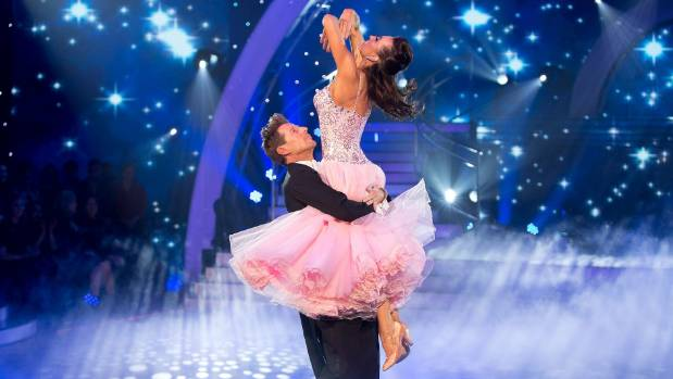 Three brings back TV's Dancing with the Stars