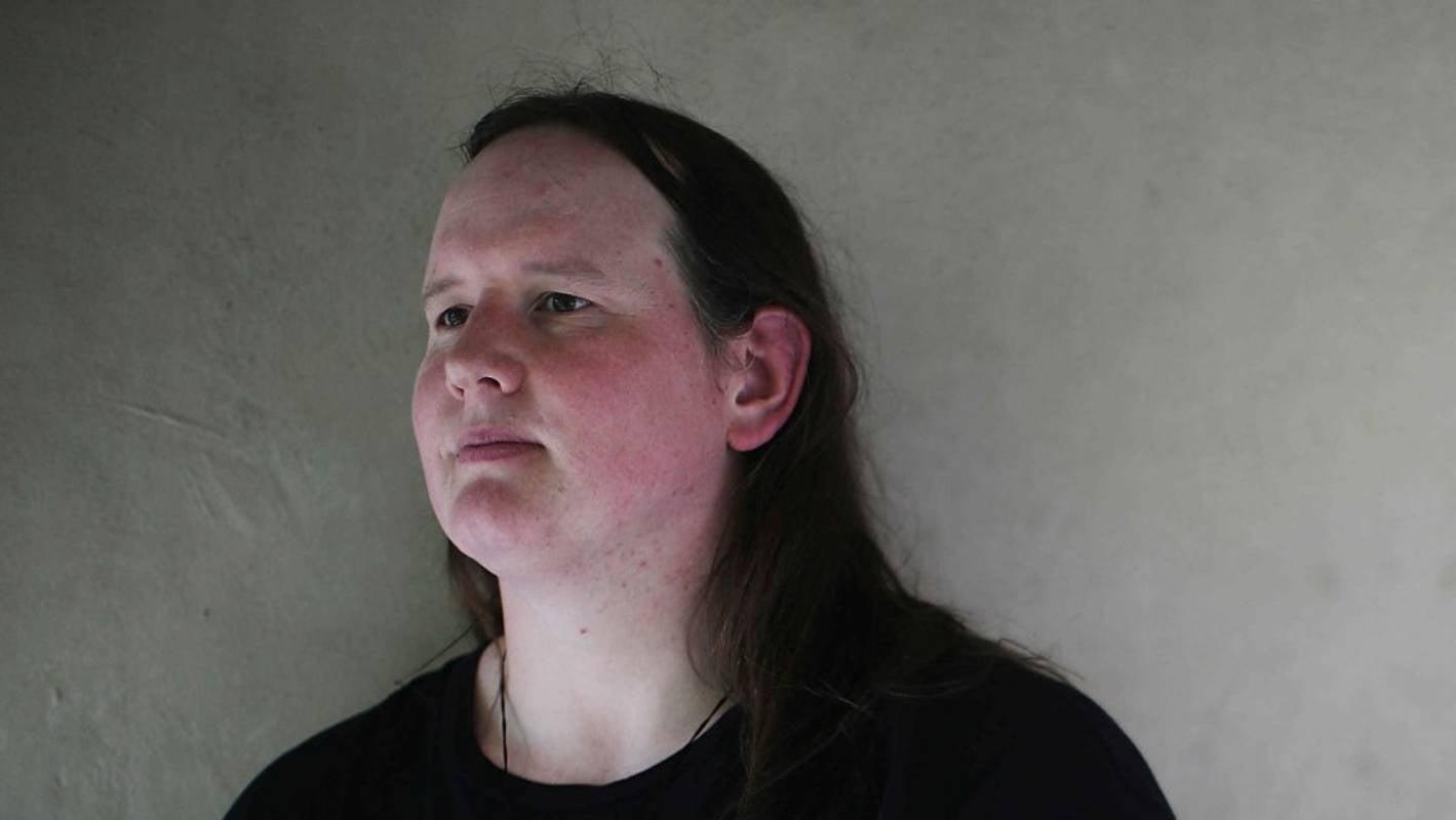 Kiwi transgender weightlifter Laurel Hubbard asks people to keep an open mind - Stuff.co.nz