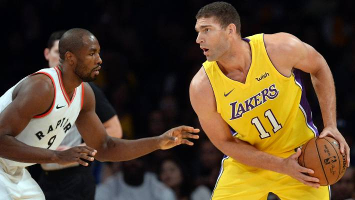 best service 657ef 12c33 Lakers' Brook Lopez uses car service to evacuate his cat ...