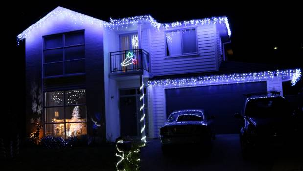 Lighting up the season: Christmas lights in Upper Harbour