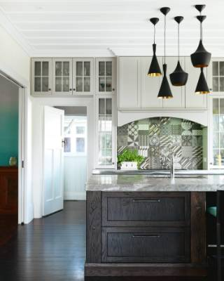 Charmant A Tiles Splashback Is Used To Give This Classic Epsom Home A Quirky Touch.