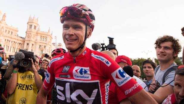 Rival slams handling of Chris Froome case as 'scandal'