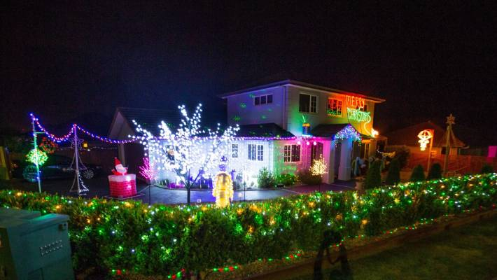 Wills Road lights. - Christmas Spirit Alive And Well In New Plymouth Stuff.co.nz