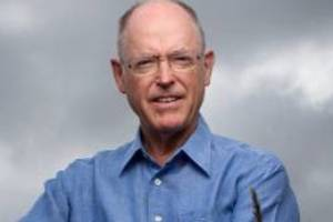By debating Don Brash live on air, Kim Hill played right into his hands in by thinking that she could convince him - or ...