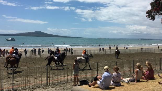 Beach polo bolts onto popular beach on Auckland's North ...