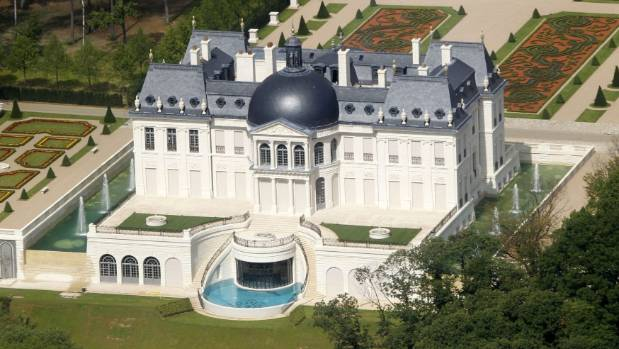Buyer of world's most expensive home revealed