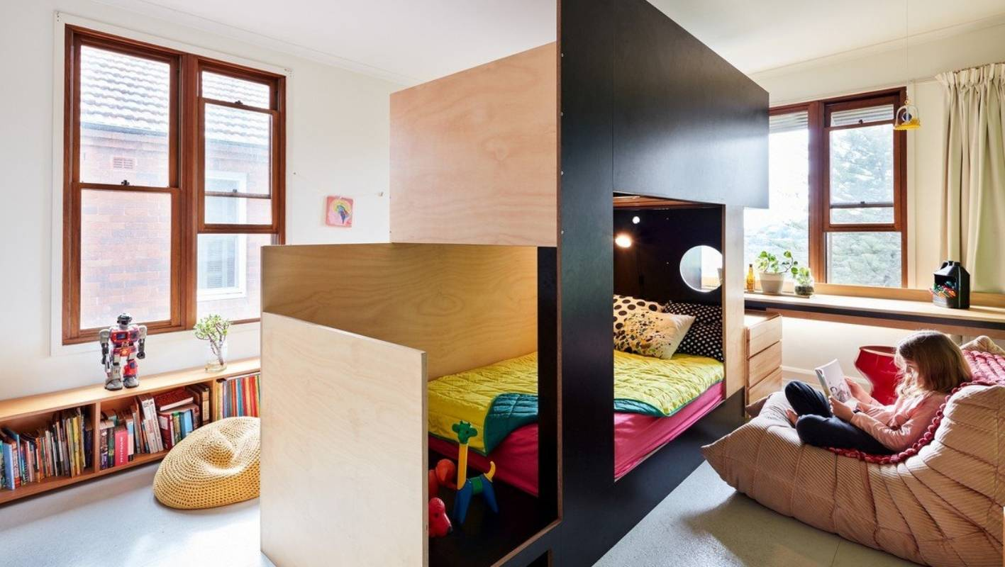 Cool Bunk Beds As A Centre Divider Create Two Rooms From